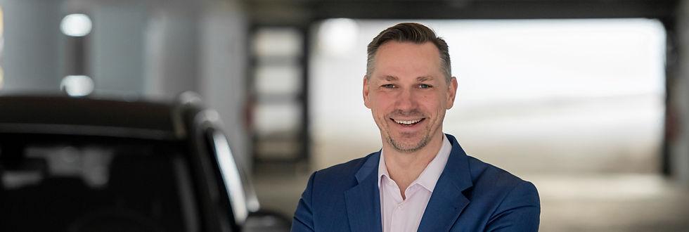 André Glembotzki, Autokauf-Beratung für Selbstständige, Unternehmer*innen, Freiberufler*innen und Privatpersonen