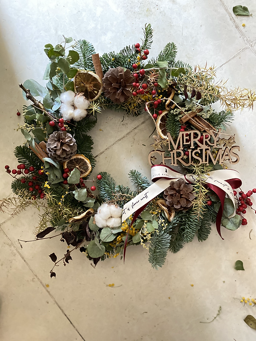 30cmFull  Wreath  - Classical