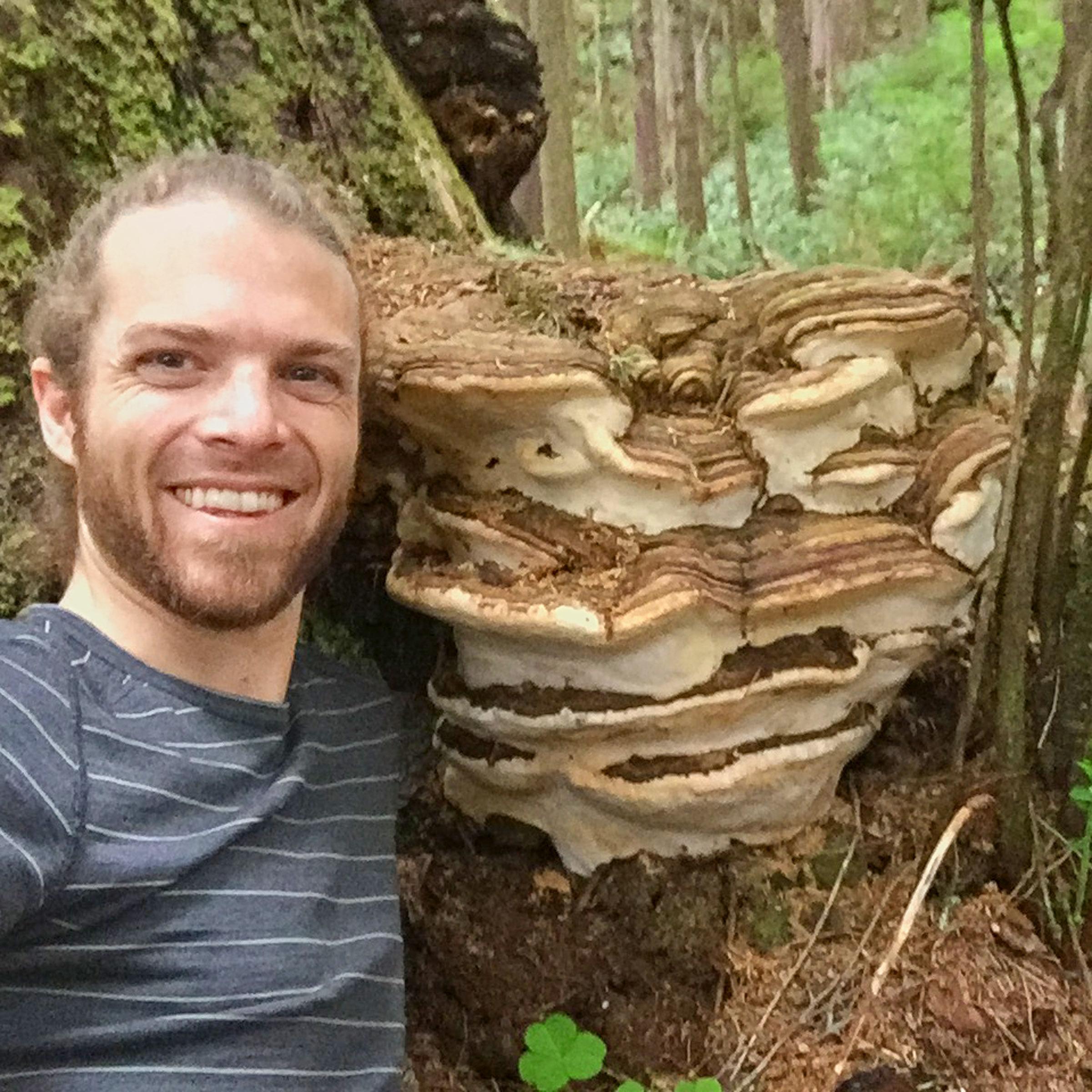 Grandfather Mushroom & DJ10