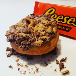 reeses donut