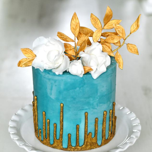 Riverse drip cake
