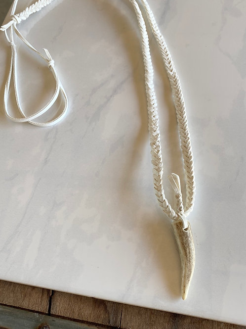 Scout Necklace in White