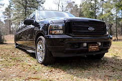 SB Liousine Ford Excursion Stretch