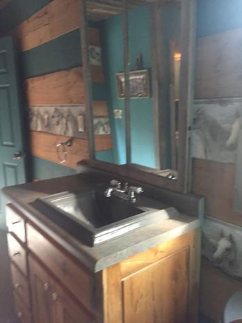 Master vanity before renovation.