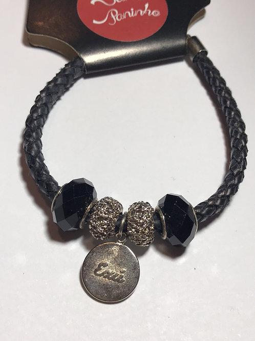Pulseira de couro trançado preto com medalha de Exú