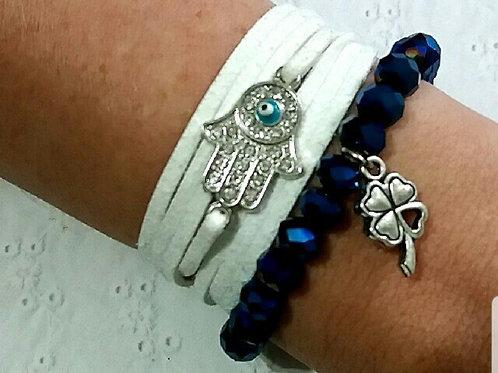 Kit de pulseiras de cristal azul e camurça branca