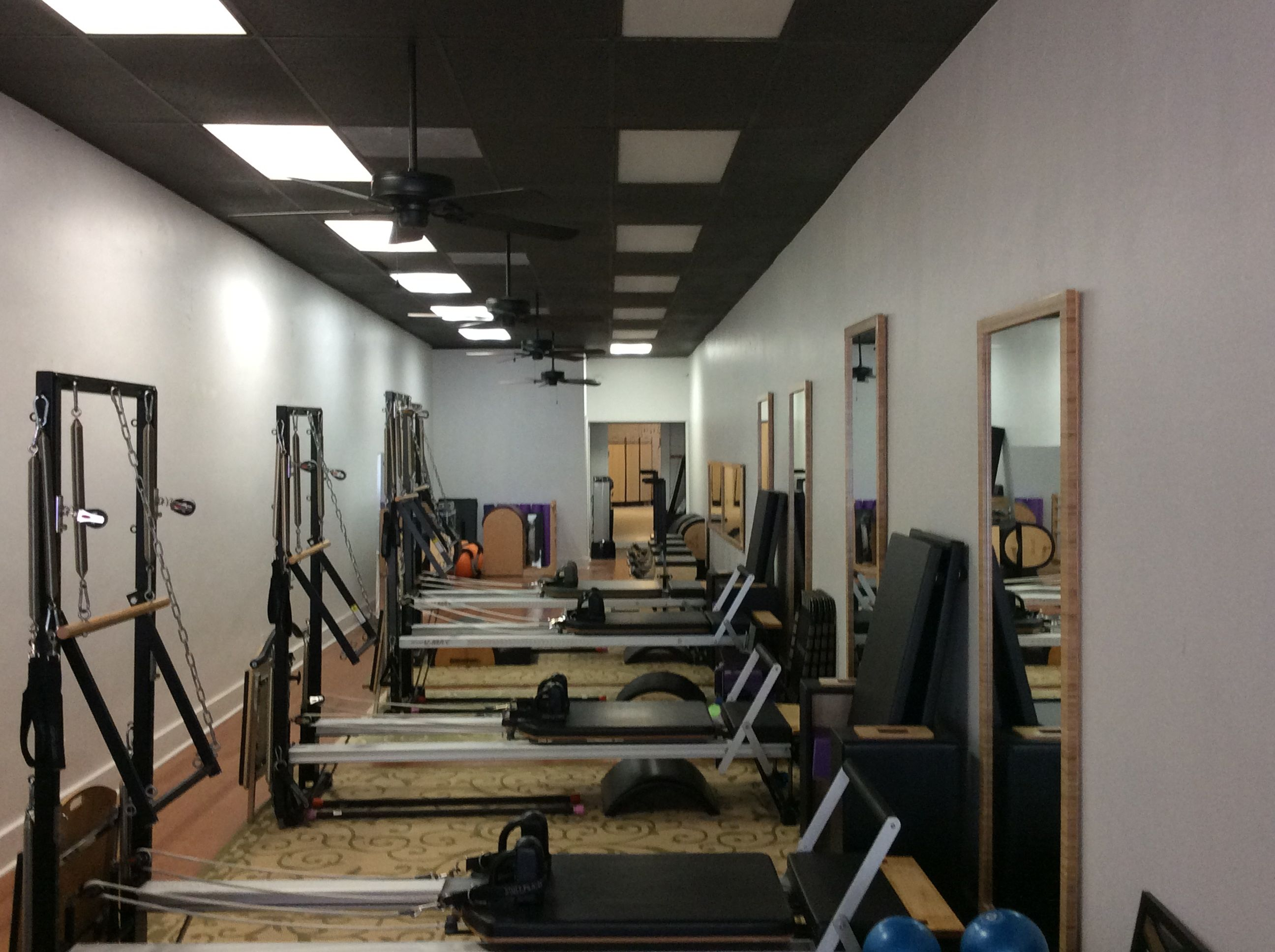 Pilates Bodies STUDIO REFORMERS
