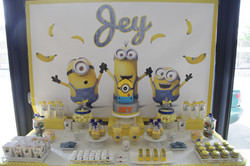 Candy Bar Sweet table minions