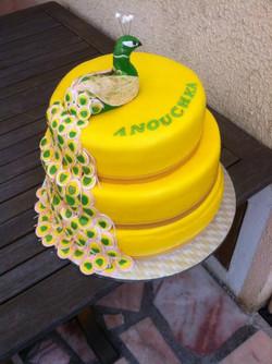 Gateau Paon jaune et vert