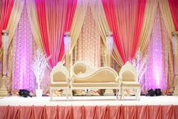 Scène des mariés rose.jpg