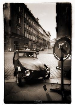 THE-BAD-CAR.jpg