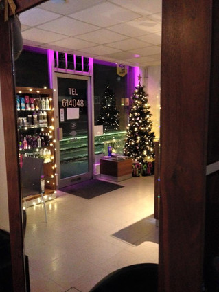 The Christmas spirit has well and truly begun at Jk's Hair and Beauty 🎄🎁