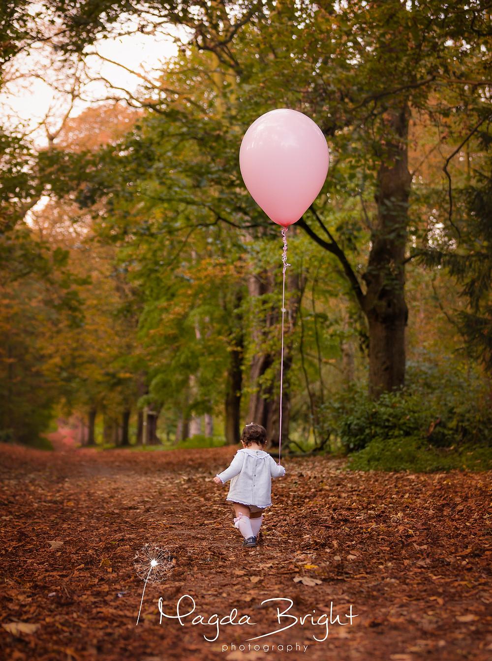 Balloon photos outdoors, cake smash alternative