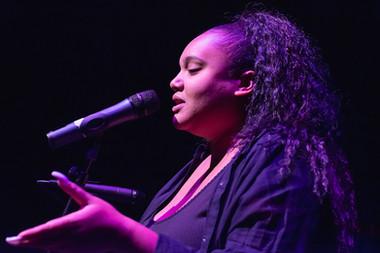 Female R&B singer