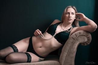 blonde-in-black-boudoir.jpg
