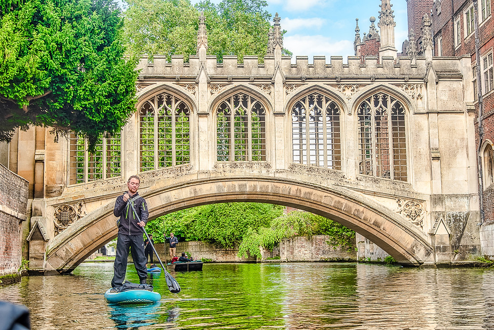 Travel. Tourist. Tourism. Cambridge. UK. University. Vanlife. Punting. Boat. River. Cams. History. Historic. Cambridge University.