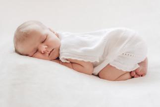cuddled-cambridge-newborn-photographer.j