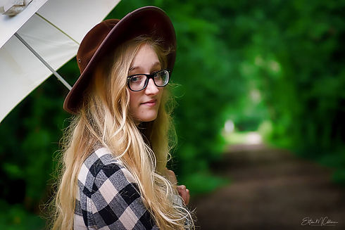 Country Girl. Grumpy Gits Roadtrip. Portraits in the Park. People photography. People photographer. Digital nomad. Vanlife. Family photographer. Family photoshoot. EmC Photography. United Kingdom