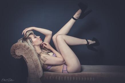 pinup-beauty-boudoir.jpg