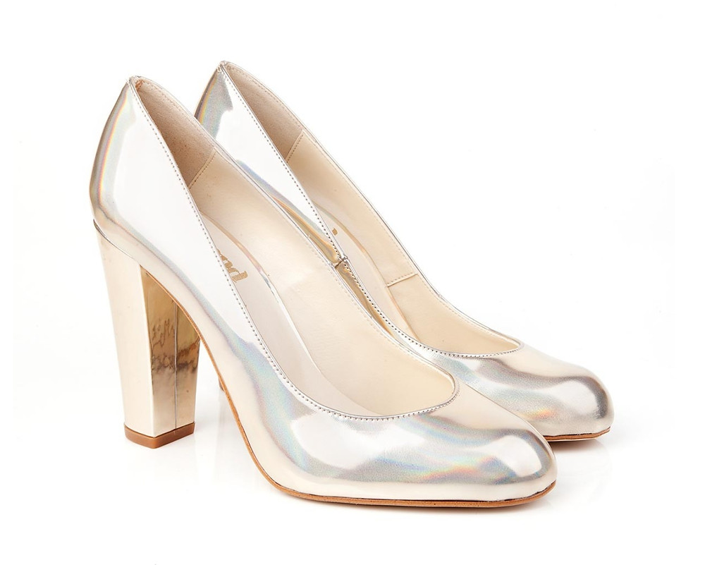 Beyond skin - hologram heels