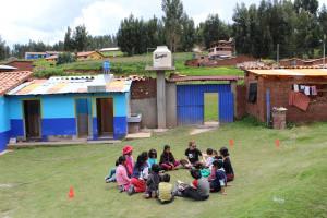 Simone taking the Quilla Huata children through sport exercises