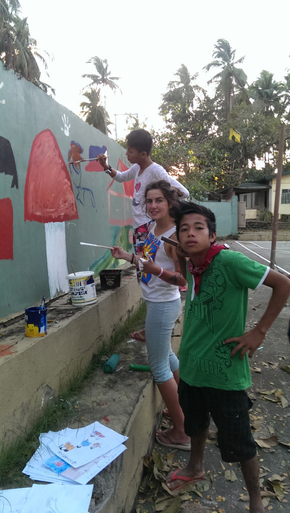 Volunteering through PACE at Bahay Tuluyan