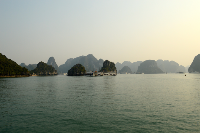 The last weekend of the trip before heading home was spent visiting one of the Seven Wonders of Nature, Ha Long Bay