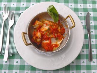 Cureniello con Pomodorini, Capperi e Olive Nere