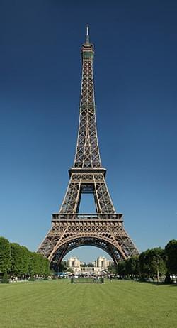 240px-Tour_Eiffel_Wikimedia_Commons