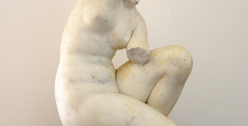 Grand Tour, After the Antique, Early 19th Century Marble Fragment of Venus