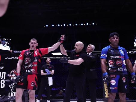 Наш боец Михаил Долгов победил своего соперника из Бразилии Клебера Соуза