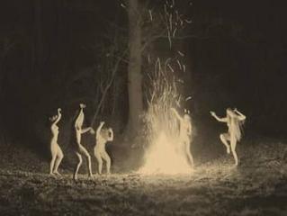 Noche de Walpurgis, Noche de Brujas