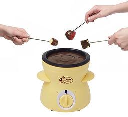 מכונת פונדו שוקולד חם להשכרה