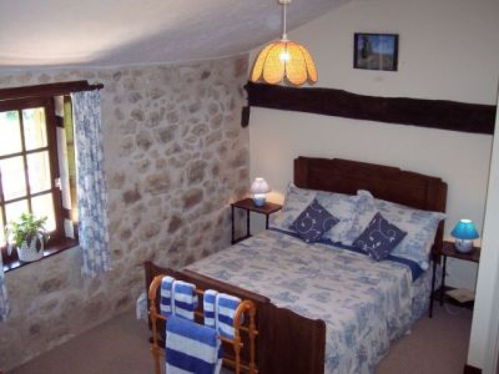 LG-Bedroom2.jpg