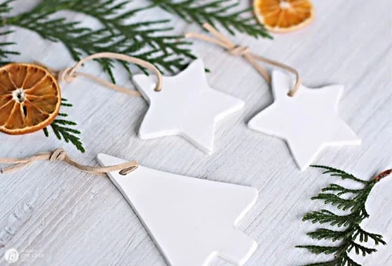 Clay-ornaments-trees.webp