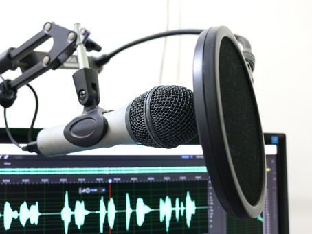 SOME AWESOME EDUCATIONAL PODCASTS YOU SHOULD BE LISTENING TO