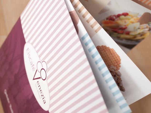 Neue Eiskarten für Eiscafé Venezia