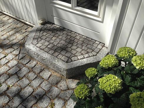 Treppenstufe Granit 2014.JPG