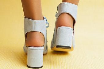 ISABELLA BLUE sandália botim