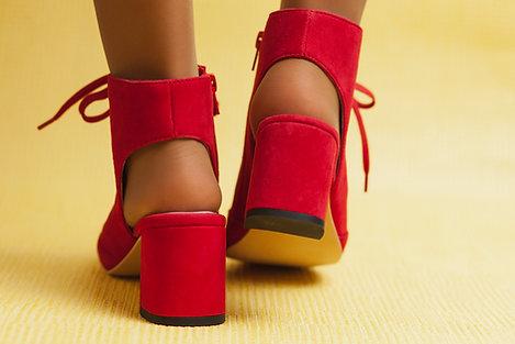 ISABELLA RED sandália botim
