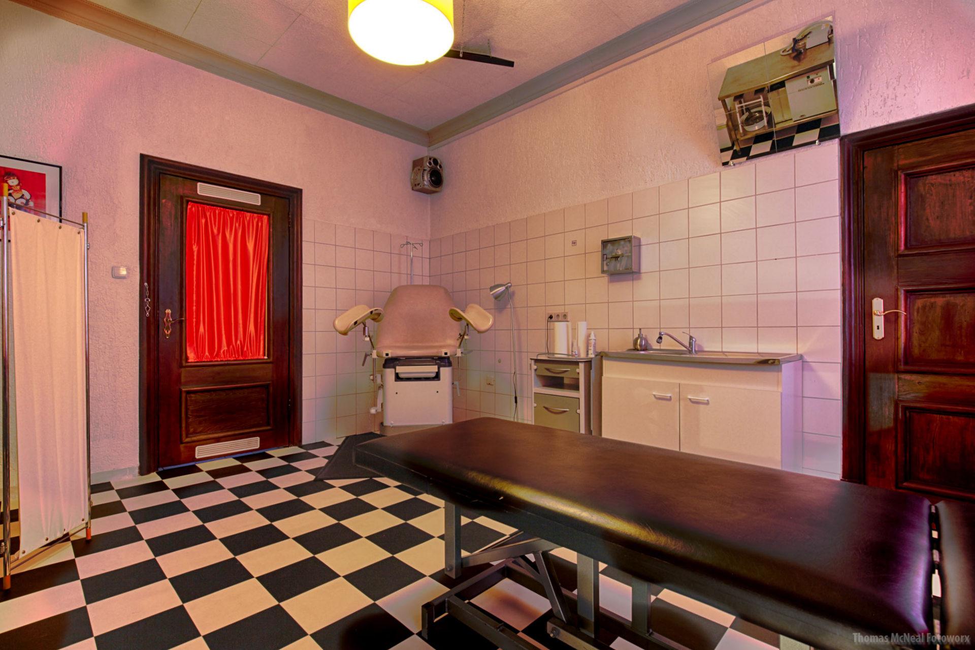 Klinik 2 Fetisch X Dortmund