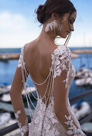 свадебное платье силуэта рыбка, свадебное платье рыбка с рукавом, свадебное платье карамель купить , свадебное платье облегающее, свадебное платье по фигуре