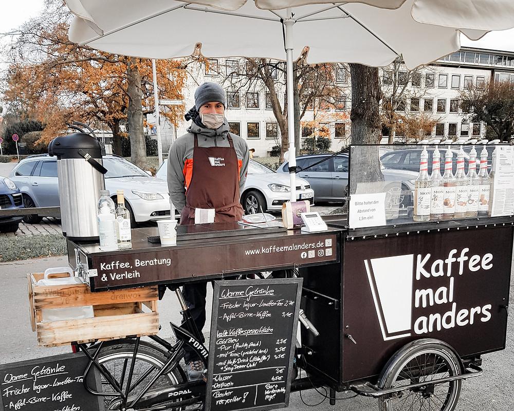Das Kaffee mal anders Fahrrad am Maschsee in Hannover mit Cold Brew und Apfel-Birne-Kaffee.
