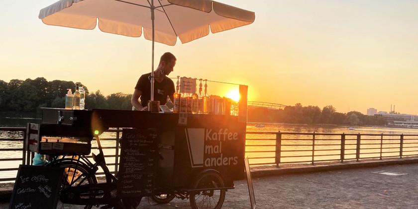 kaffeemalanders-kaffeerad-sonnenuntergan