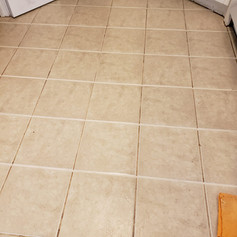Edibill Tiles and grout cleaning (7).jpg
