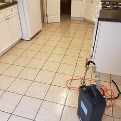 Edibill Tiles and grout cleaning (1).jpg