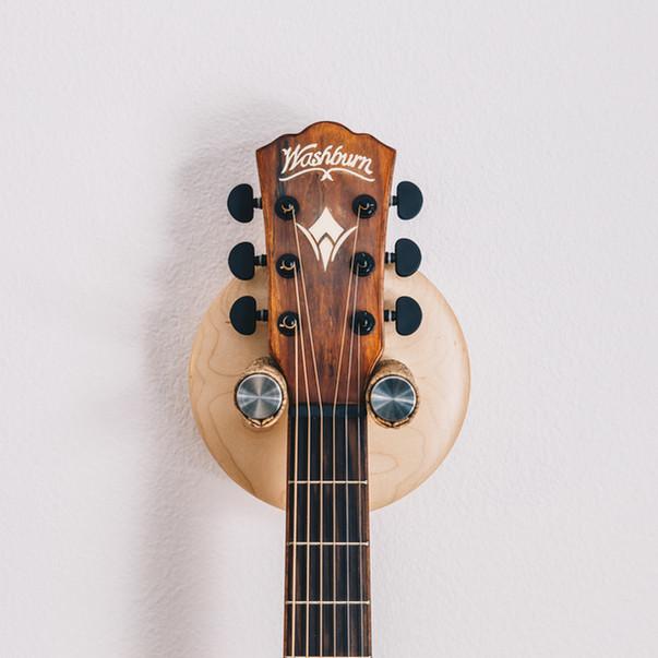 maple guitar wall hanger