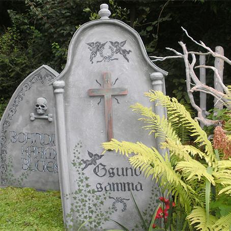 Grabsteinbasteln leicht gemacht