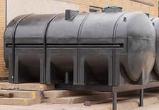 3250-gallon-no-drain-tank.jpg
