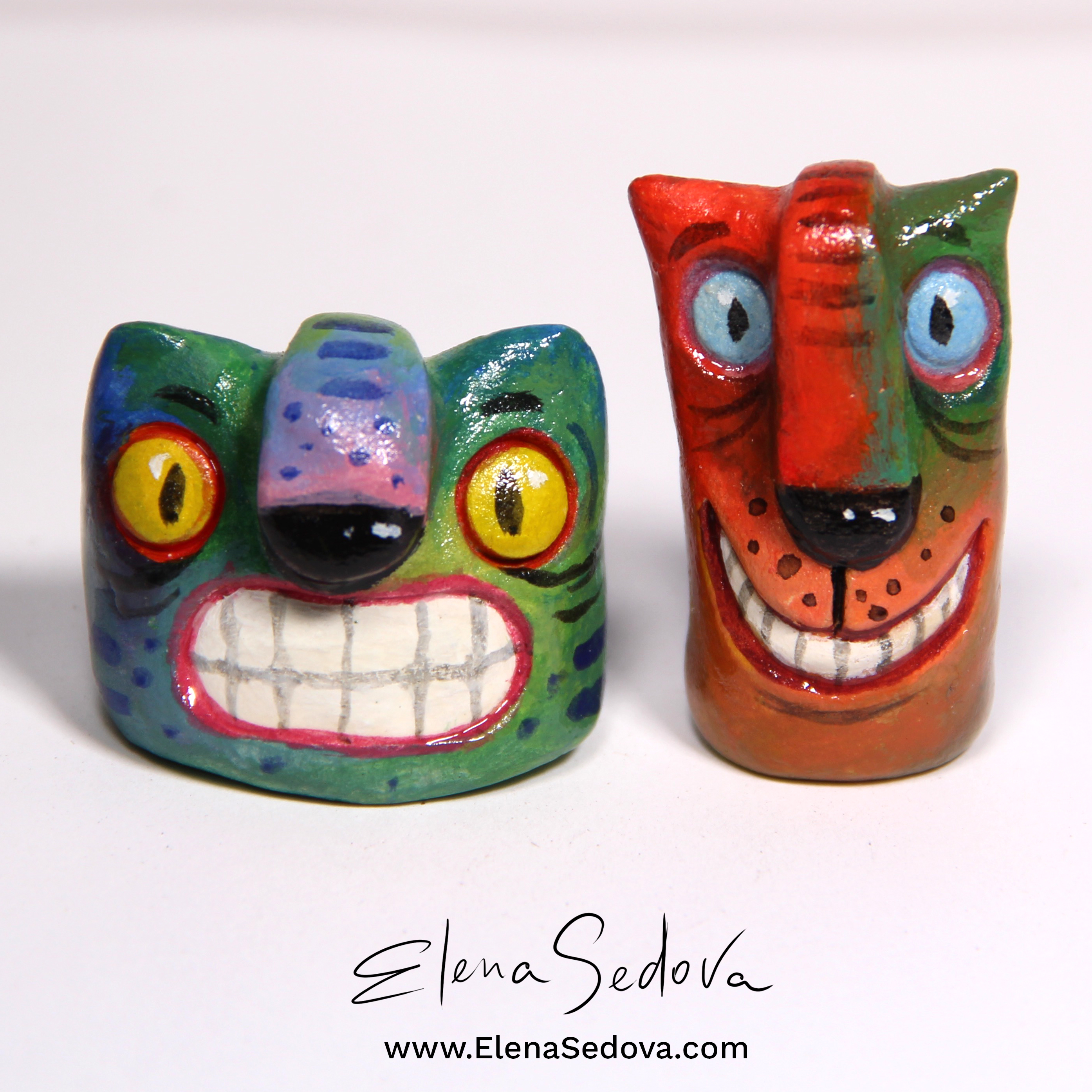 Two Cats mini sculpture